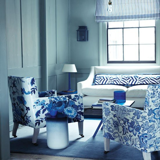 Blue Living Room Decor Ideas Floral Blue and White Living Room