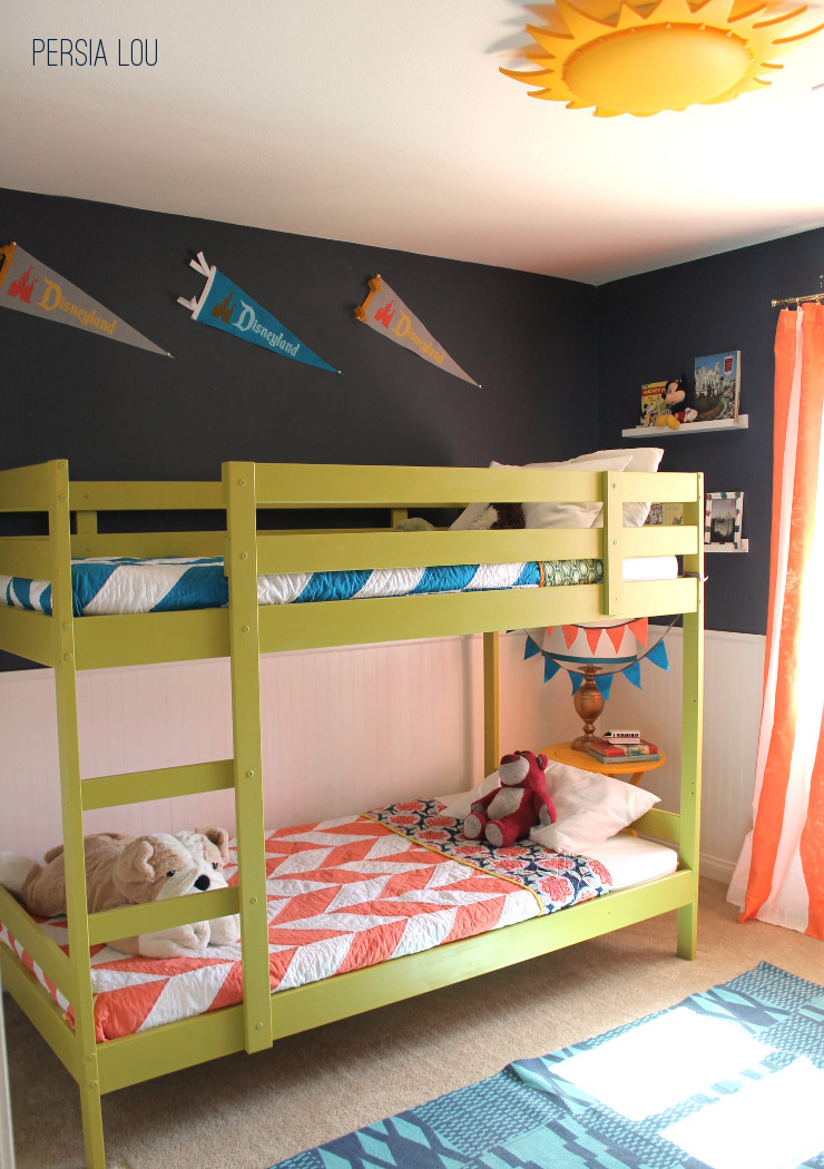 Boy and Girl In Bedroom Small D Boy and Girls Bedroom Love the Bunk Pulled Away