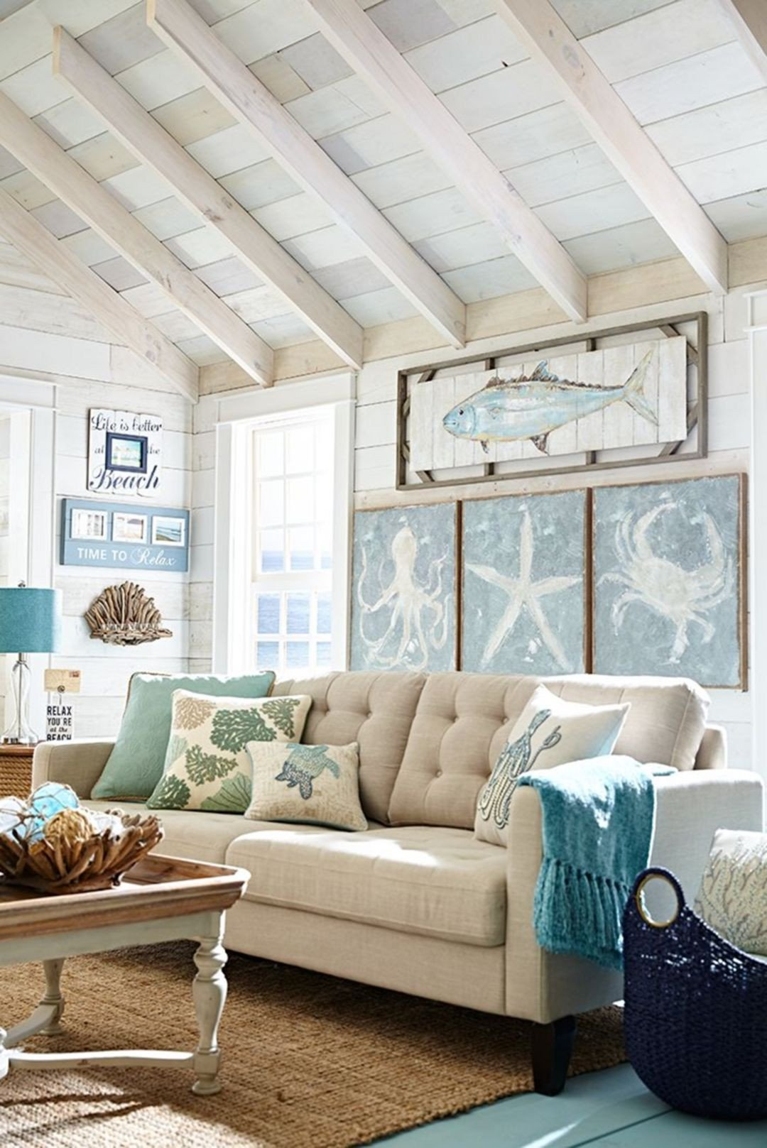 Coastal Comfortable Living Room 45 Fabulous Beach themed Living Room for Guests Feel More