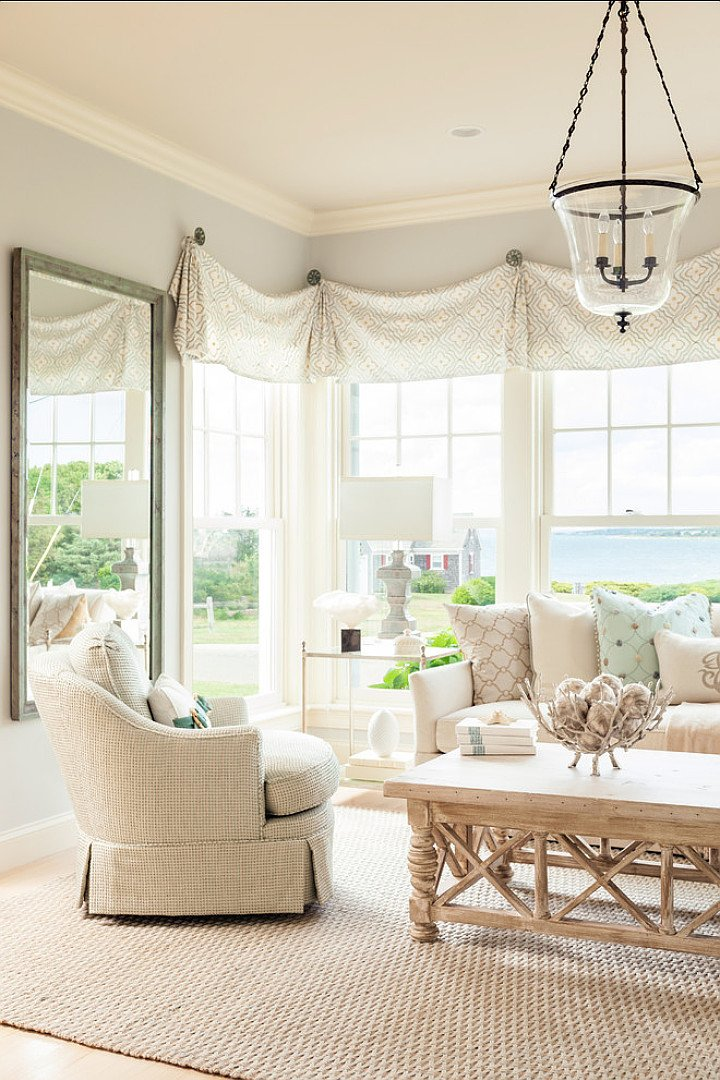 Coastal Comfortable Living Room Coastal Home with Neutral Interiors Home Bunch Interior
