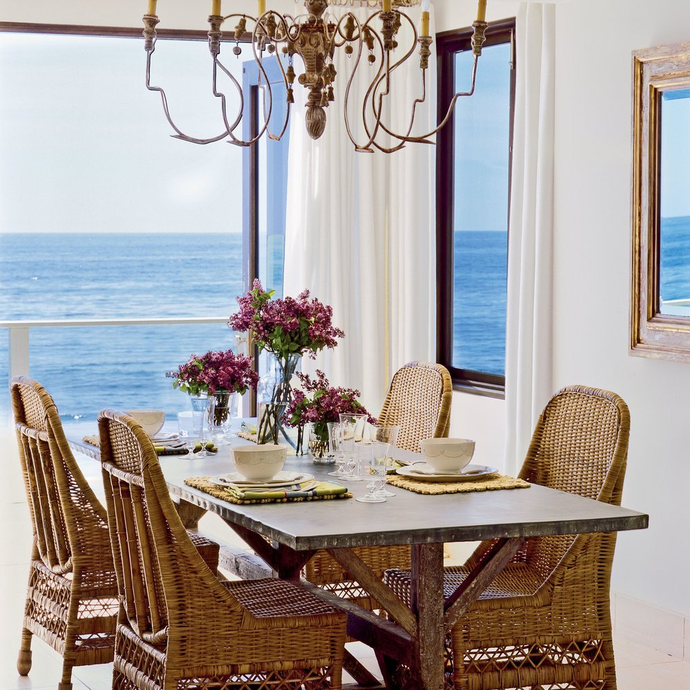 Coastal Comfortable Living Room fortable Dining Room 15 Traditional Seaside Rooms