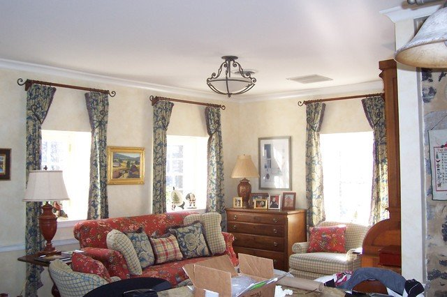 Comfortable Classic Living Room A Casual & fortable Sitting Room Traditional Living
