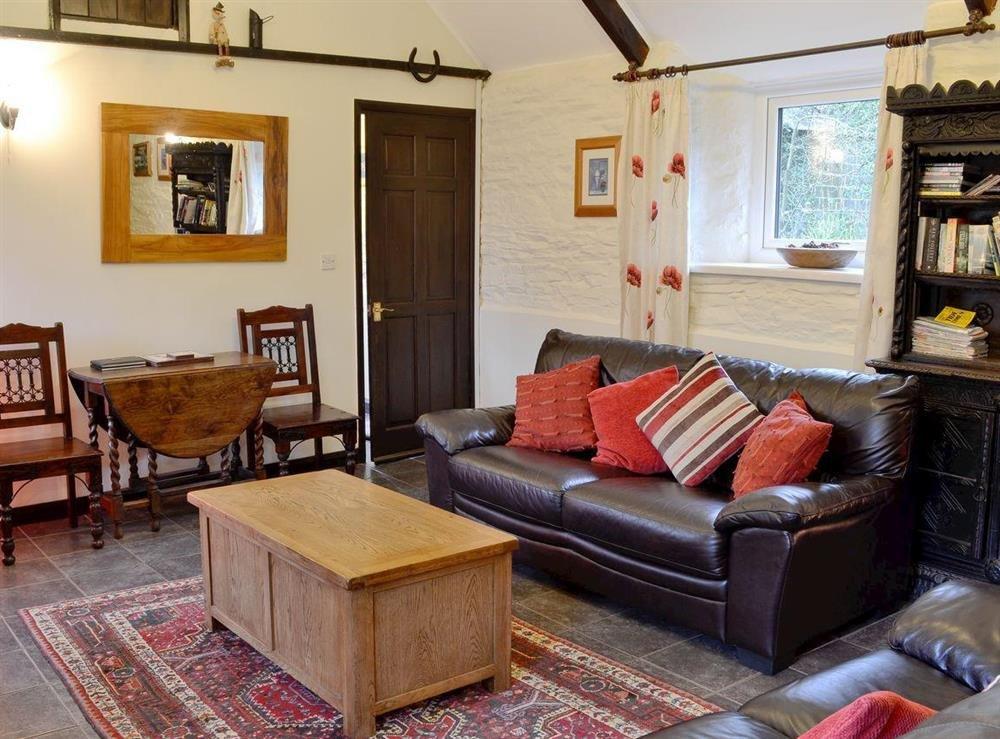 Comfortable Living Room Dining Room S Of Trenay Barn Cottage St Neot Near Liskeard