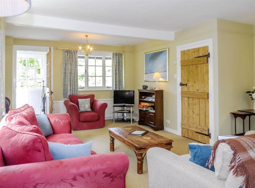 Comfortable Living Room Dining Room S Of Whinlands Thorpeness Near Aldeburgh Suffolk