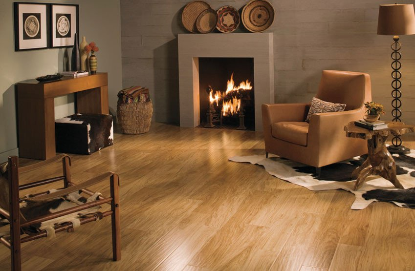Comfortable Living Room Hickory Floor Laminate Flooring is the Ultimate In Home Decor