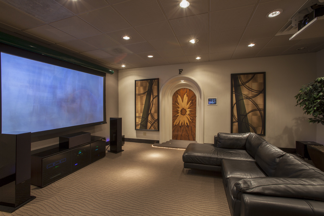Comfortable Living Roomfor Movie Watching Awesome Living Room theater Ideas with fortable Black
