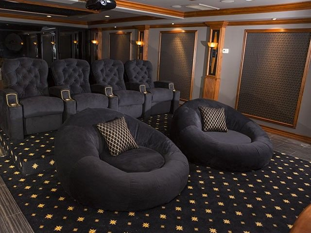 Comfortable Living Roomfor Movie Watching Seatcraft Cuddle Seat theater Furniture Love This so