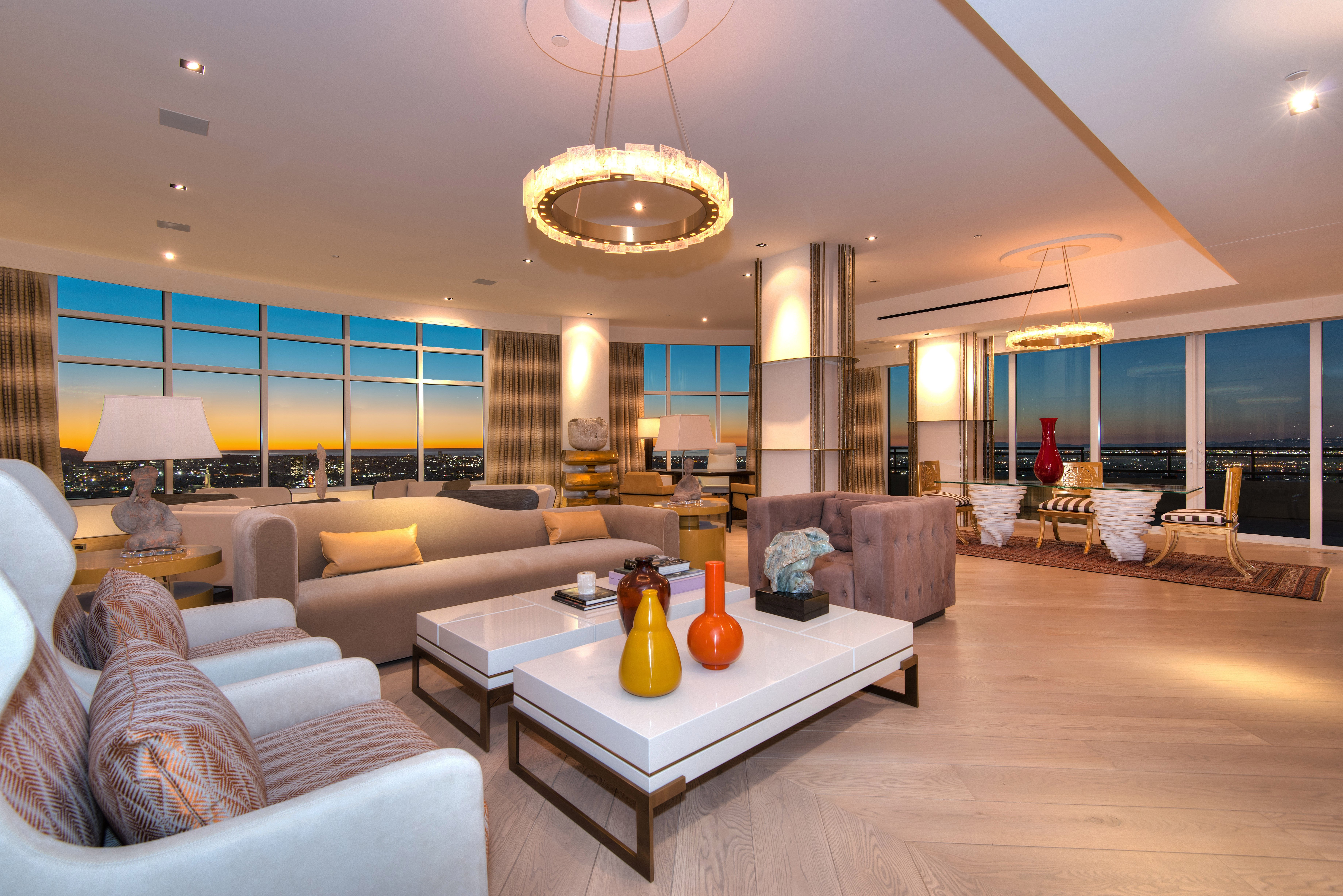 Contemporary Apartment Living Room 32 Glamorous and Luxurious Living Room Interior
