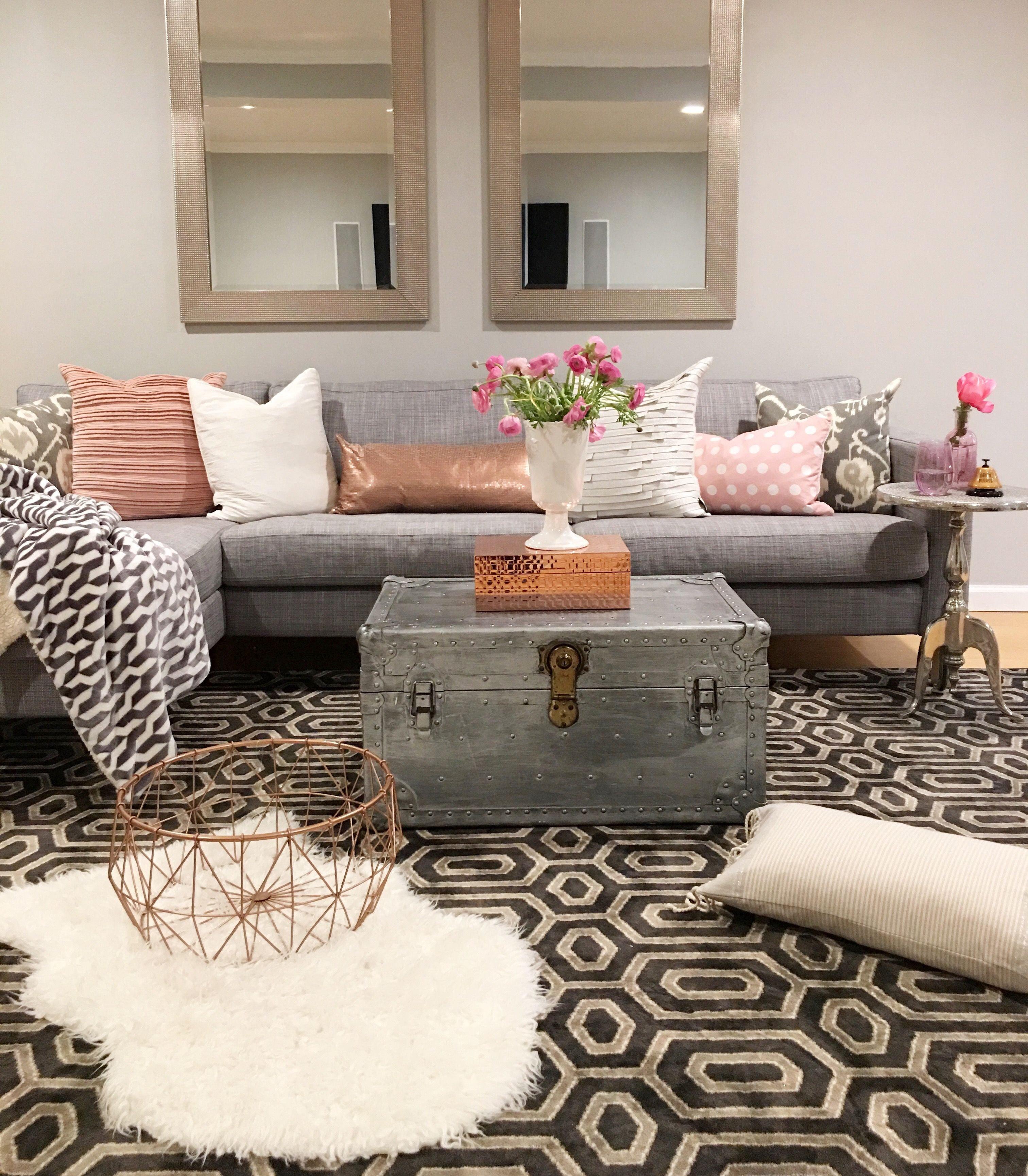 Contemporary Chic Living Room Crazy Chic Design Modern Boho Basement