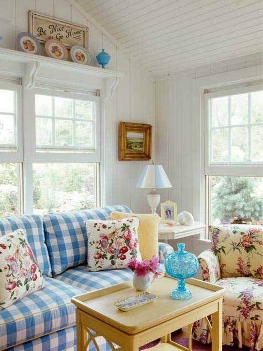 Cottage Living Roomdecorating Ideas 2017 Decorating Trends with Floral sofas In Style