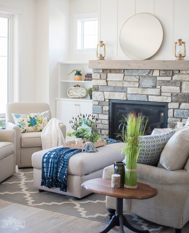 Cottage Traditional Living Room Traditional Coastal Cottage Living Room Reveal – Mom's