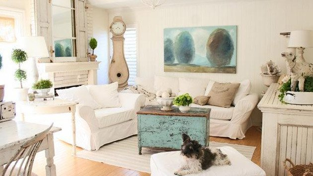 Country Chic Living Room Decor Distressed yet Pretty White Shabby Chic Living Rooms