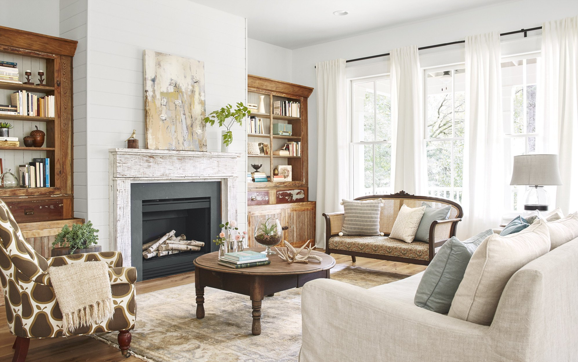 Country themed Living Room Decor Lauren Crouch Georgia Farmhouse southern Farmhouse