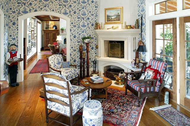 Country Traditional Living Room English Country House