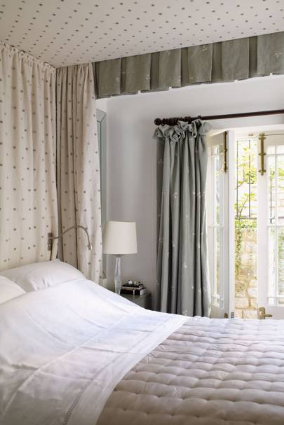 Curtains for Small Bedroom Windows Curtain Idea Mark Gillette Small Bedroom Design Ideas