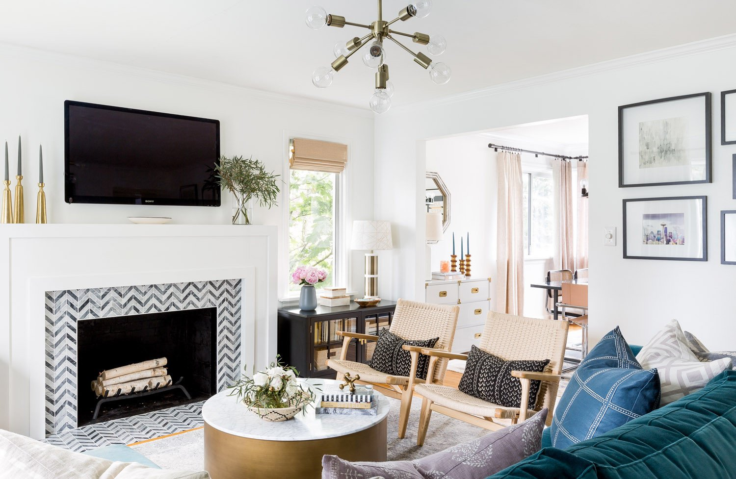 Eclectic Comfortable Living Room fortable Glamour In A Seattle Cape Cod Front Main