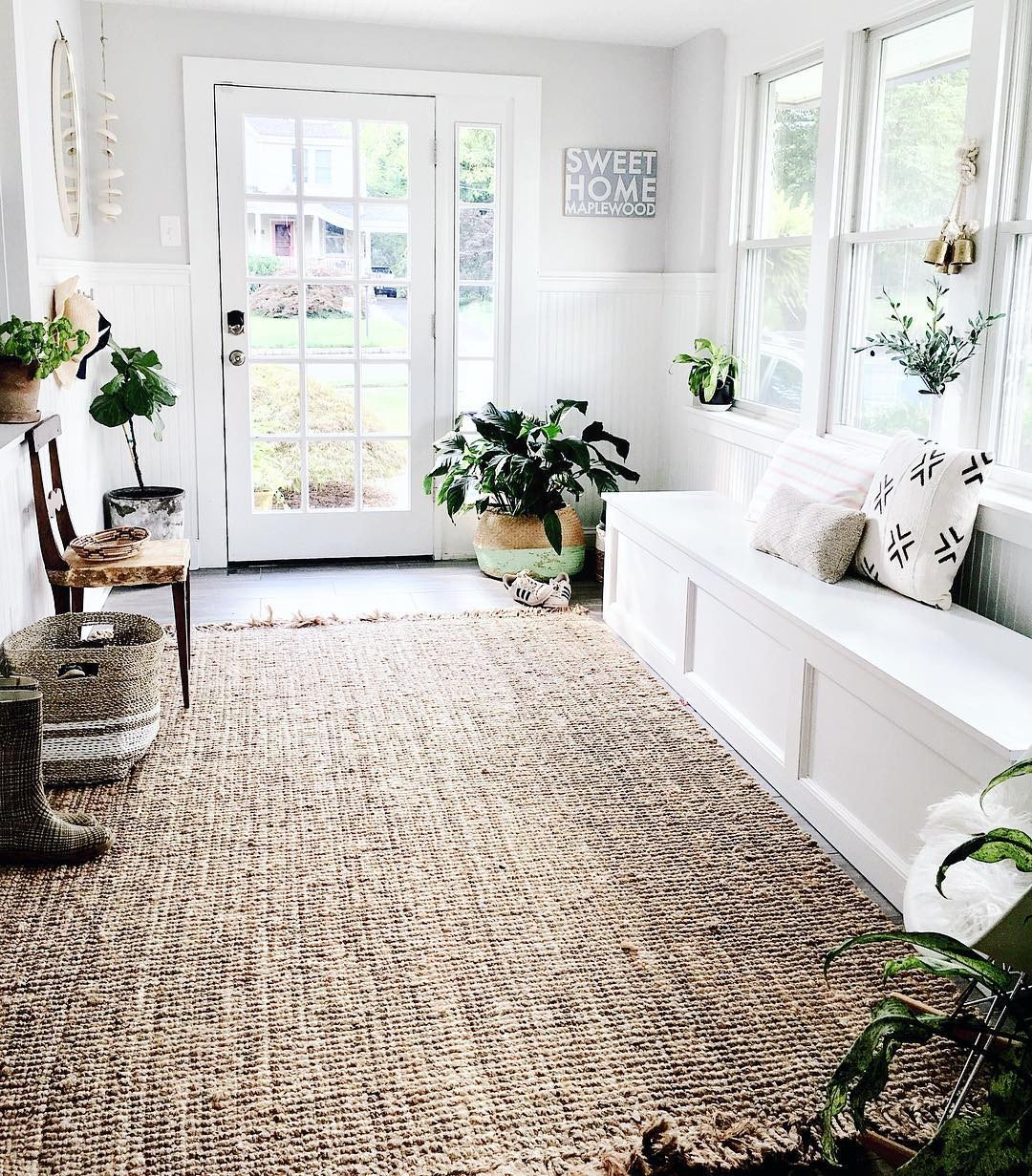 Farmhouse Living Room with Rug 17 Durable Farmhouse Rugs