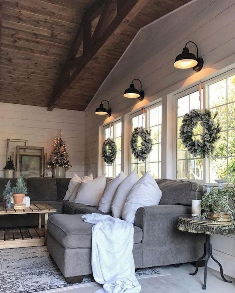 Farmhouse Living Room with Rug 62 Lovely Rug for Farmhouse Living Room Decorating Ideas