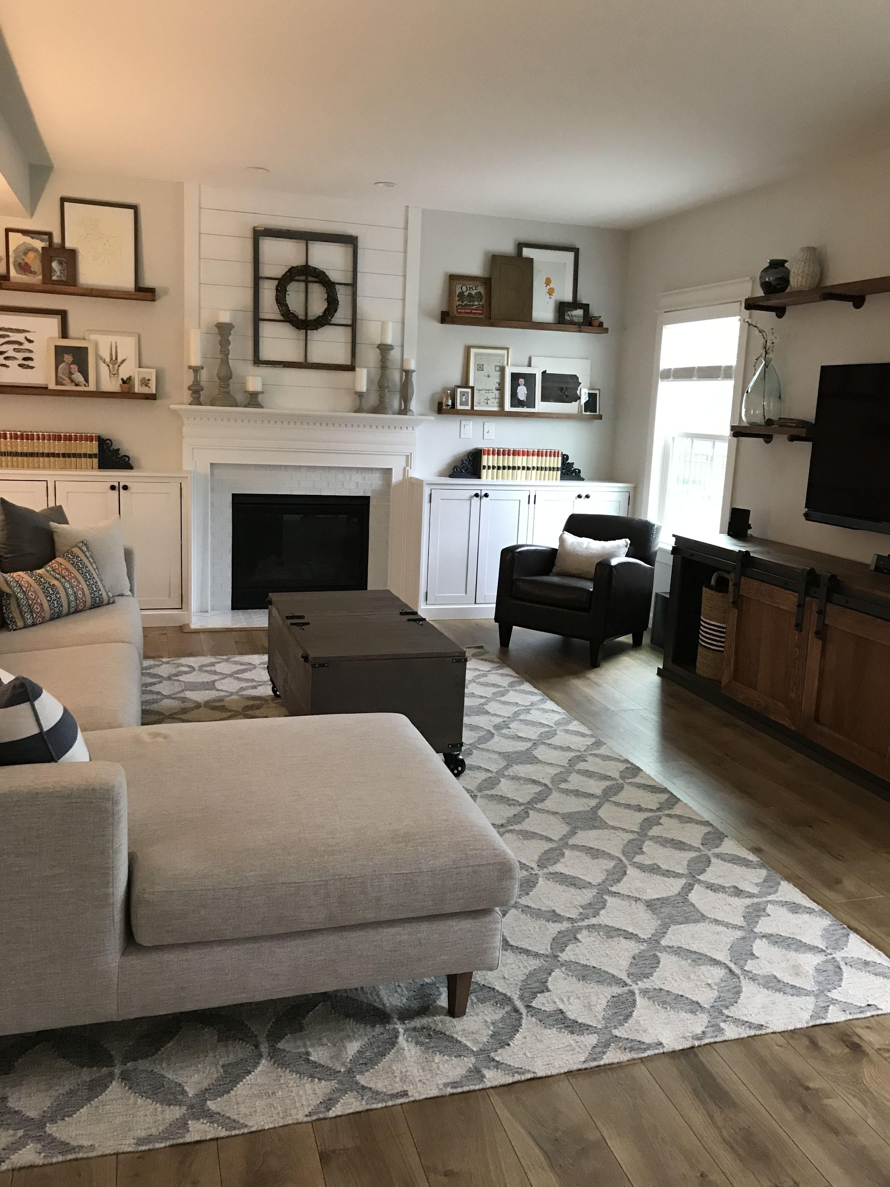 Farmhouse Living Room with Rug Modern Farmhouse Living Room Interior Define sofa West