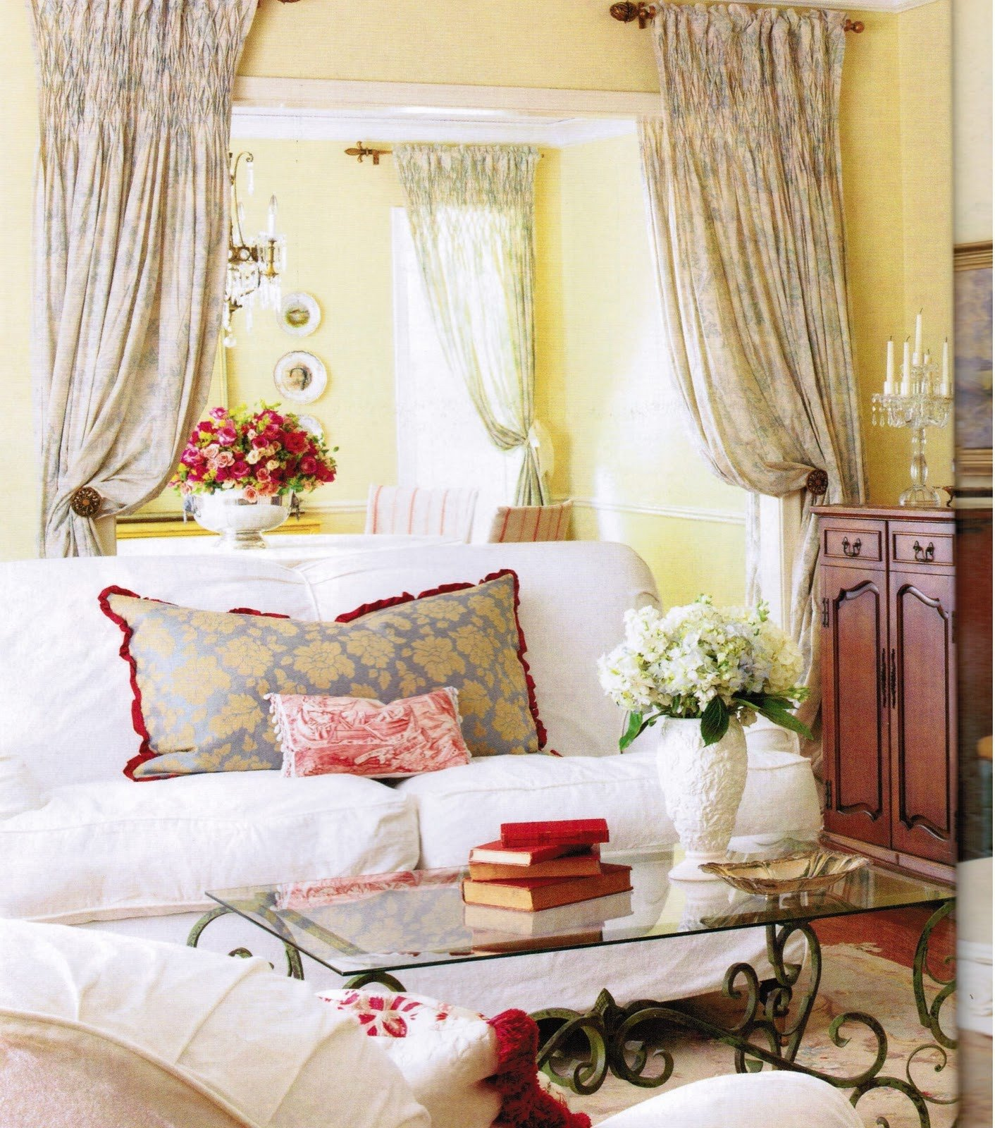 French Country Decor Living Room Maison Decor French Country Enchanting Yellow & White