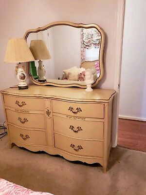 French Provincial Bedroom Furniture Beautiful Vintage French Provincial Style Bedroom Set Ca 1960s Excellent Cond