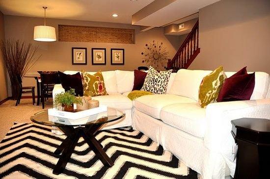 Fun Living Room Decorating Ideas so Cute Love the Decor This Living Room Fun Chevron