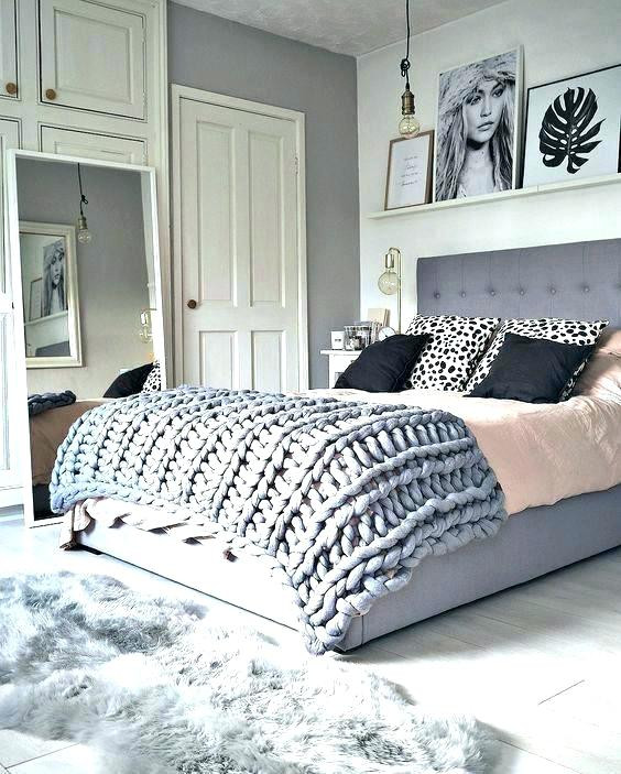 Gray and White Bedroom Decor Grey and White Room Decor