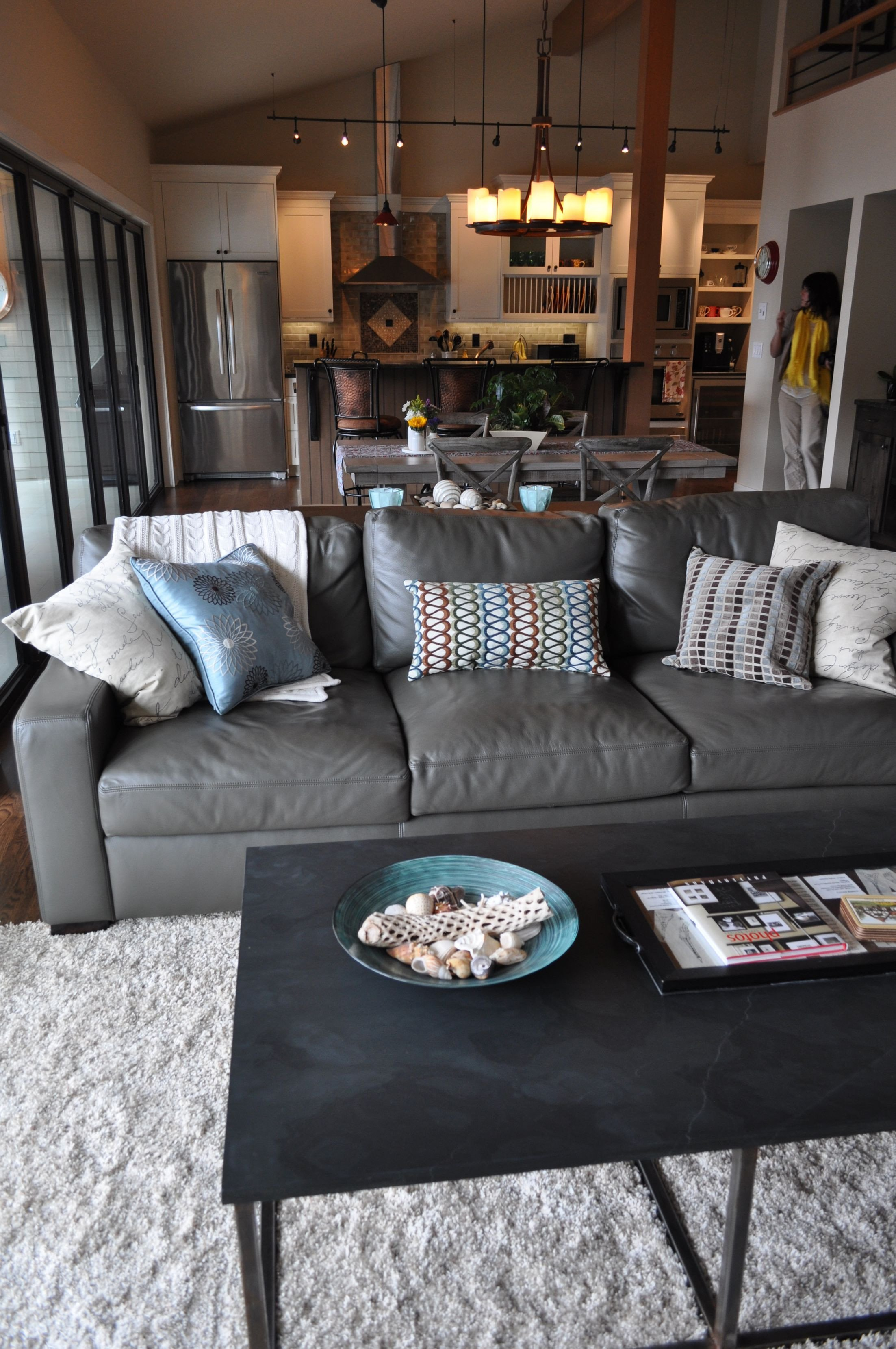 Grey Couch Living Room Decor the 25 Best Grey Leather Couch Ideas On Pinterest