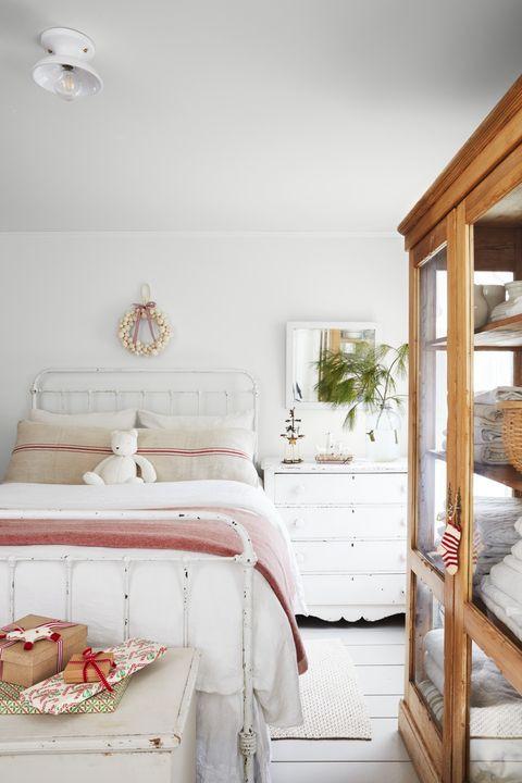 Lake House Decorating Ideas Bedroom 60 Best Farmhouse Style Ideas Rustic Home Decor