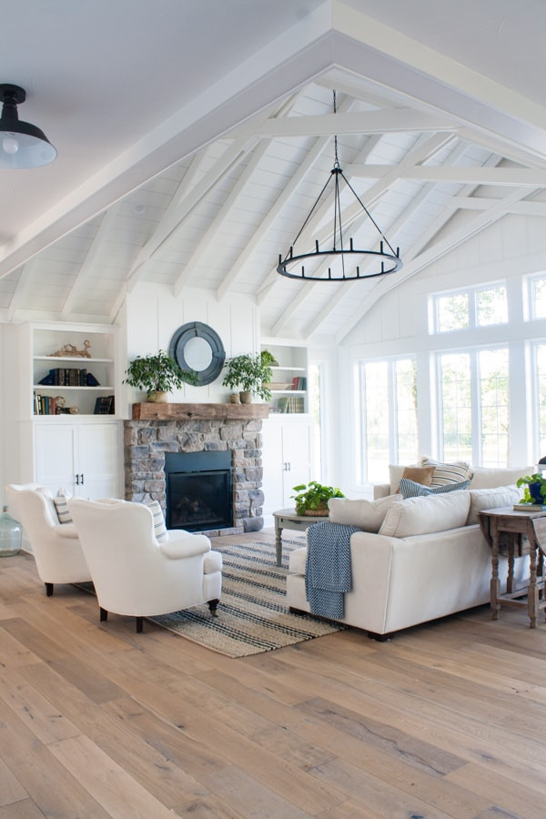 Lake House Decorating Ideas Bedroom Lake House Living Room Decor the Lilypad Cottage