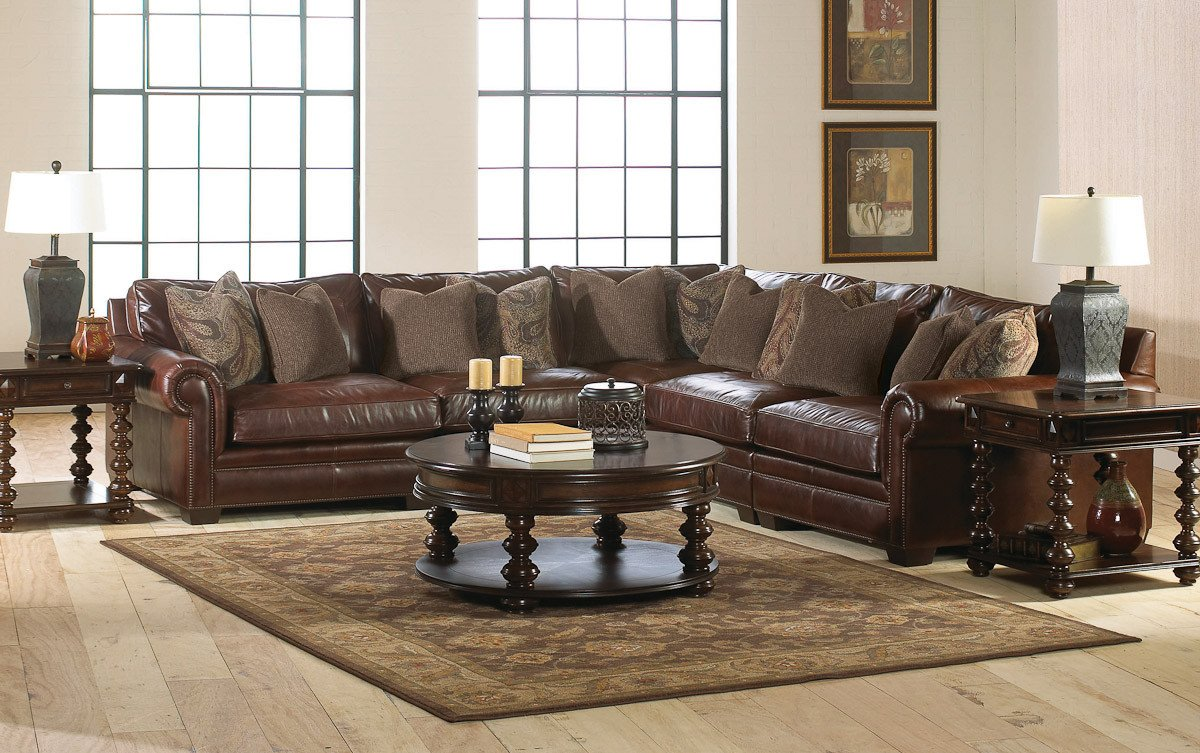 Living Room Decor with Sectional Living Room Leather Furniture
