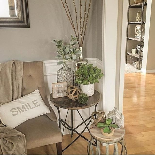 Living Room End Table Decor Pin by Carolyn Mathews On Furniture Refinishing In 2019