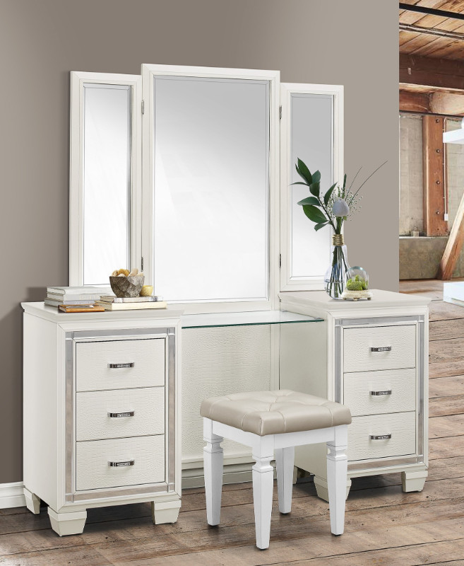 Make Up Vanity for Bedroom Homelegance 1916w 14 15 3 Pc Allura White Finish Wood Bedroom Make Up Vanity Set