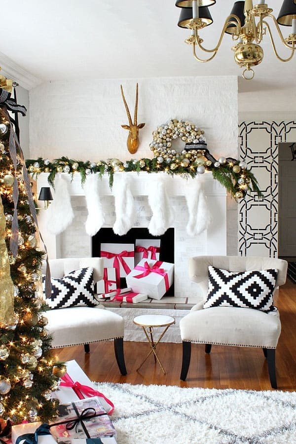 Modern Living Room Decorating Ideas Christmas 53 Wonderfully Modern Christmas Decorated Living Rooms