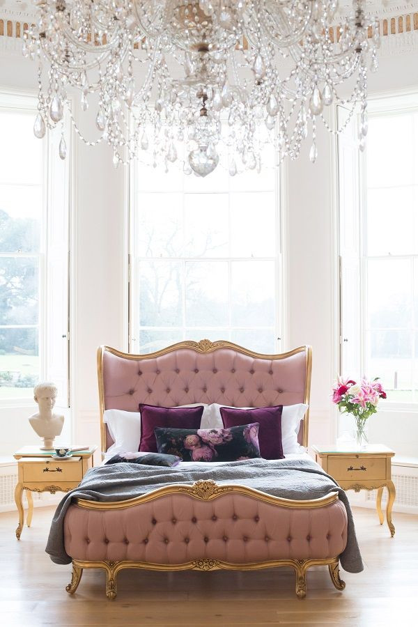 Pink and Gold Bedroom Decor Add A touch Of Romance to the Bedroom with Pink and Gold