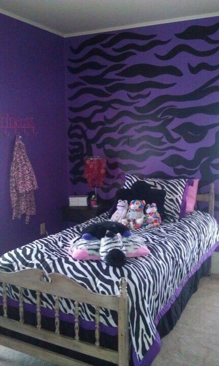 Purple and White Bedroom Purple White and Black Zebra Bedroom Change to Hot Pink W