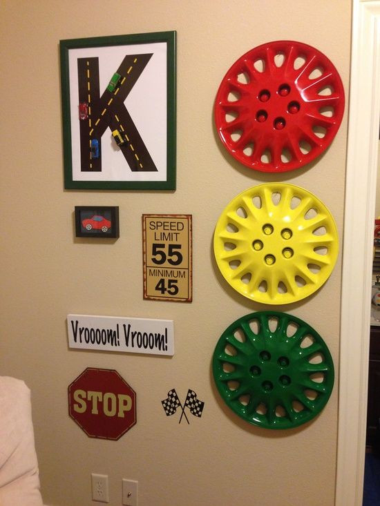 Race Car Bedroom Decor Race Car Room Using Hubcaps to Mimic A Stop Light so Cool