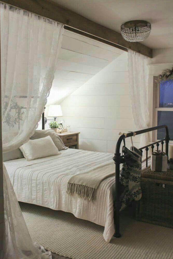 Sloped Ceiling Bedroom Ideas Slanted Ceiling Bedroom