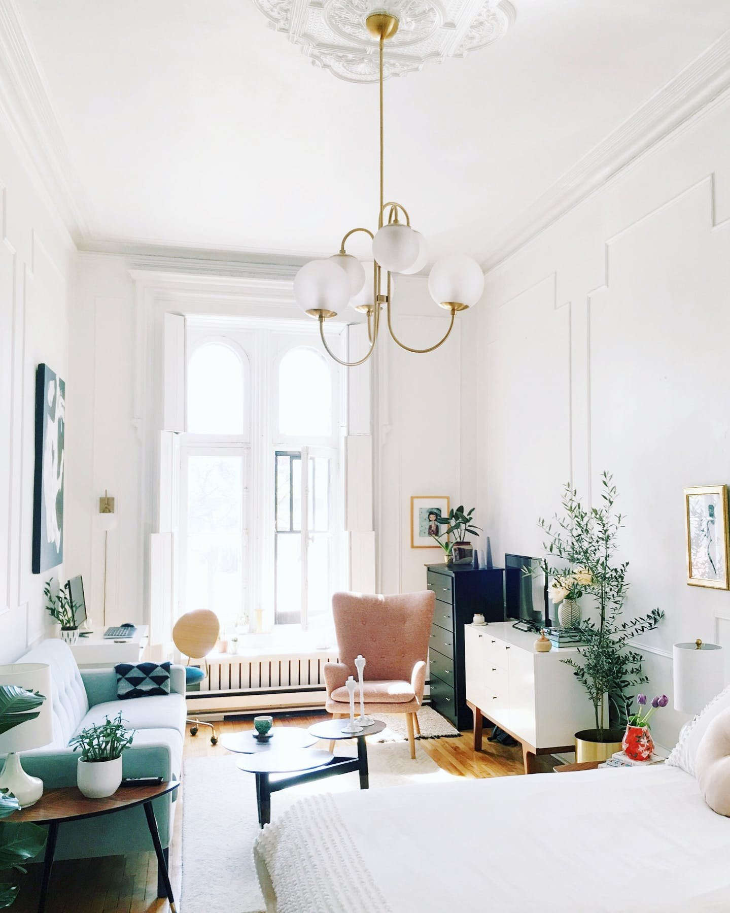 Small Apartment Living Room Decor 5 Small Apartment Decorating Tips to Make the Most Of Your