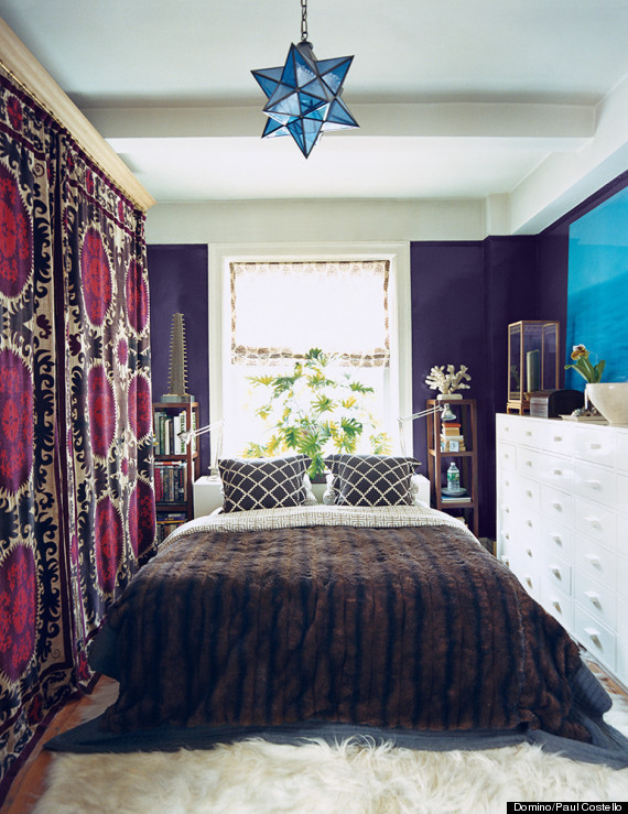 Small Bedroom King Bed 11 Ways to Make A Tiny Bedroom Feel Huge