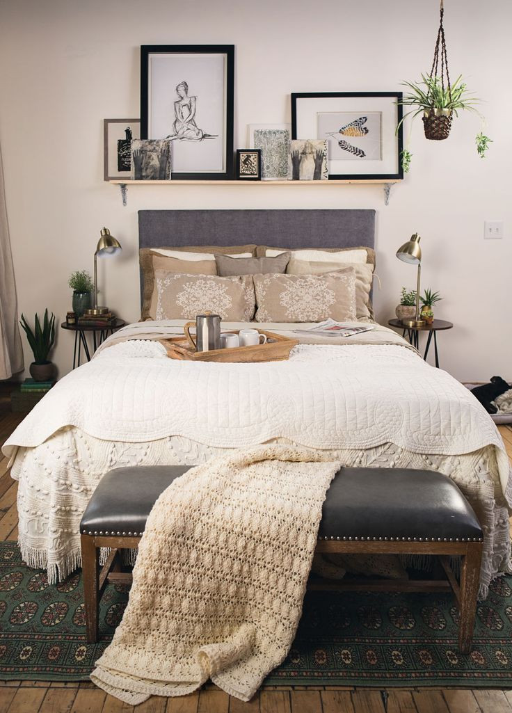 Small Bedroom King Bed 6 Creative Tips On How to Make A Small Bedroom Look R