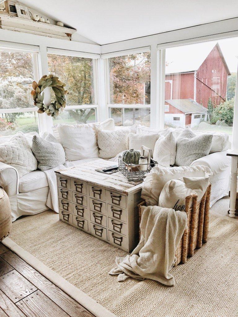 Small Farmhouse Living Room Ideas 10 Gorgeous Farmhouse Living Rooms – Hallstrom Home