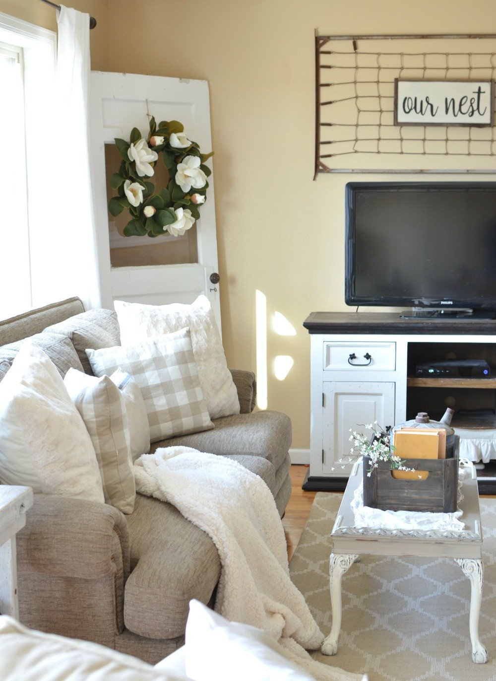 Small Farmhouse Living Room Ideas Refreshed Modern Farmhouse Living Room Little Vintage Nest