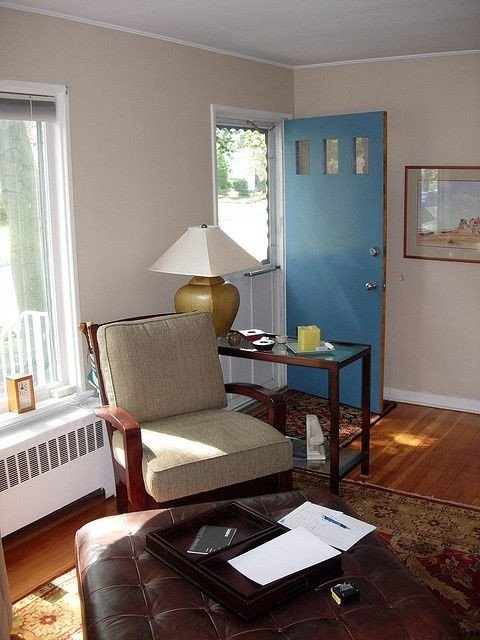 Small Living Room Ideas Doors How to Decorate A Living Room that the Front Door Opens