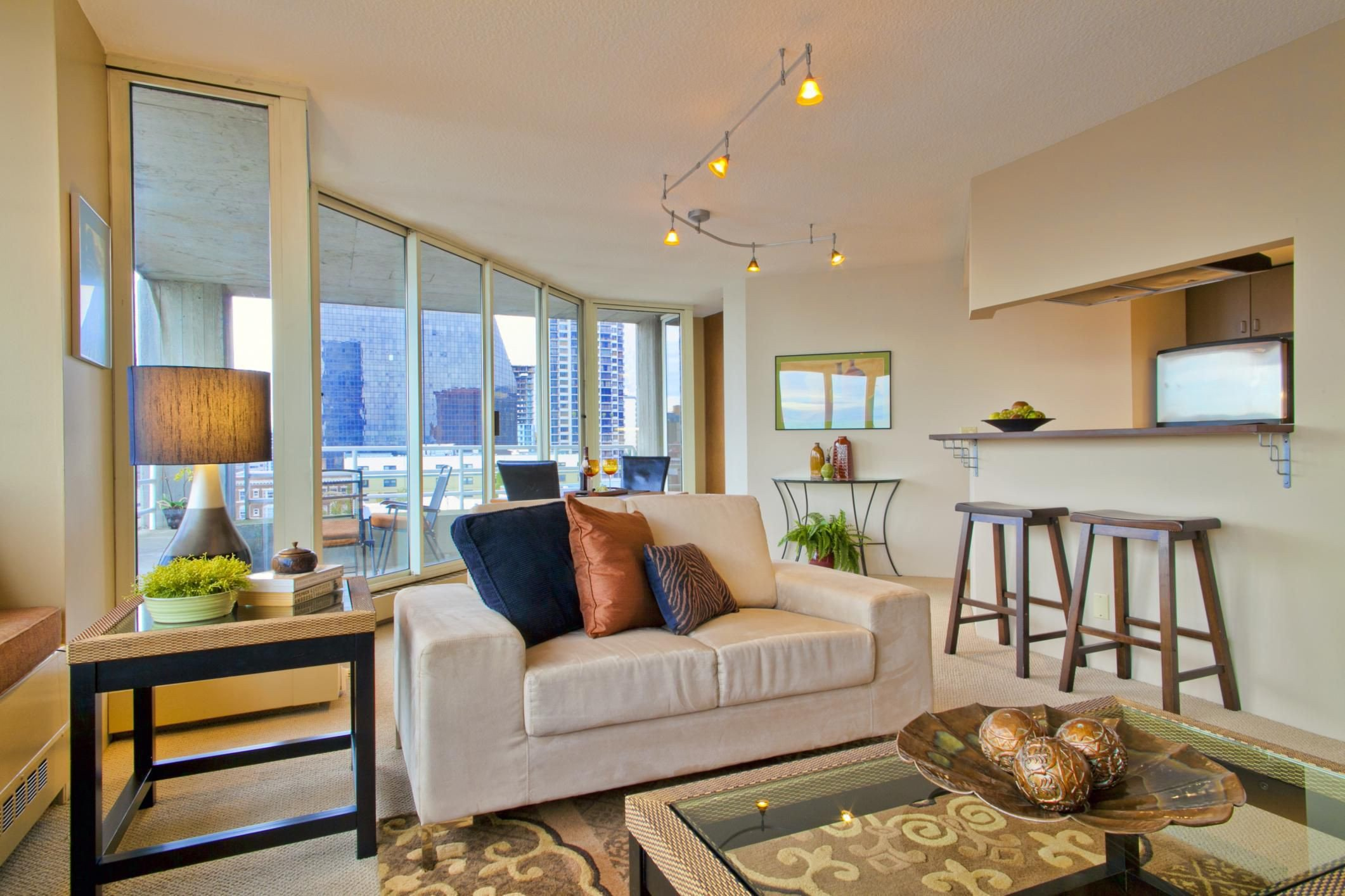 Small Living Room Interior Design How to Decorate A Small Living Room