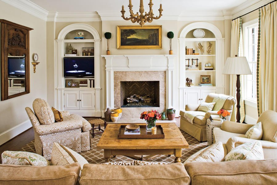 Southern Traditional Living Room fortable and Inviting Stylish Traditional yet Family