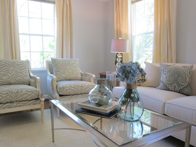 Traditional Chic Living Room Cozy Chic Fairlington Home