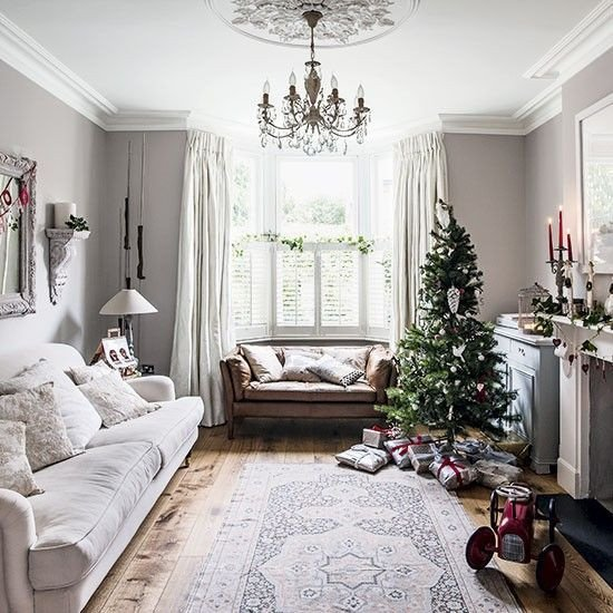 Traditional Christmas Living Room Traditional White Festive Living Room