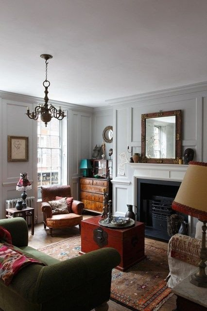 Traditional Green Living Room Traditional Green sofa and Living Room Designs On Pinterest