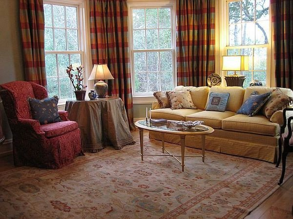 Traditional Living Room Furniture Usher In Old World Charm with Traditional Living Room